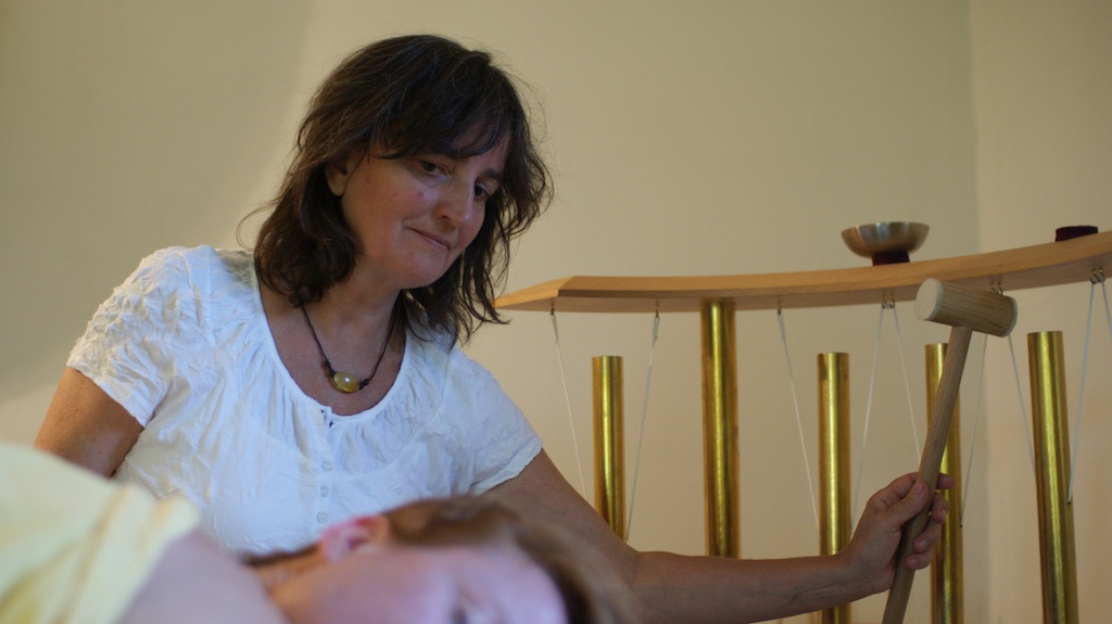 Ma Mer Klangmassage mit Röhrengong